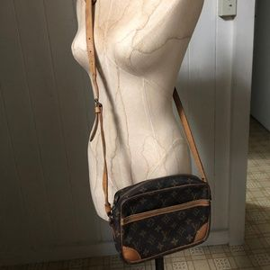 LOUIS VUITTON VTG TROCODERA 23 Crossbody Bag
